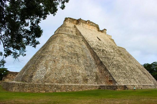 Adivino Pyramide Uxmal