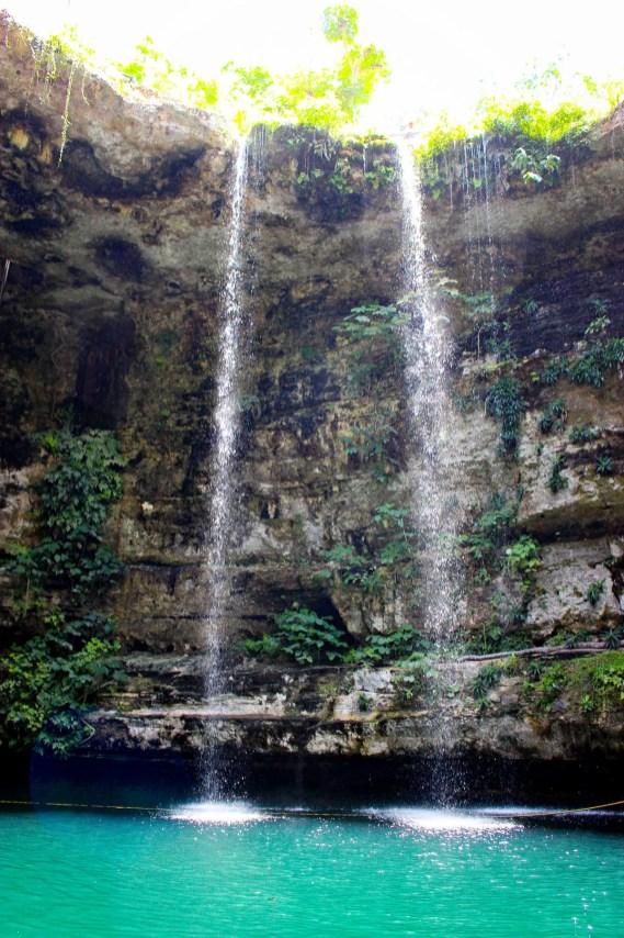 Wasserfall Cenote Selva Maya