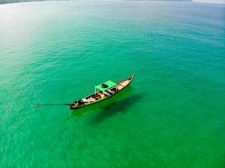 Boot Ngapali Beach