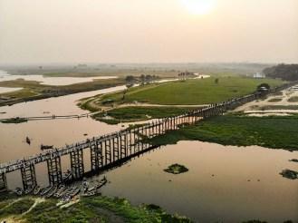 U-Bein-Brücke Sonnenuntergang Drohne Foto