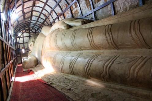Liegender Buddha bei der Shwesandaw Pagode