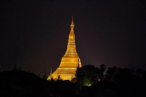 Nachtaussicht Shwedagon Pagode Hotel H Valley Yangon