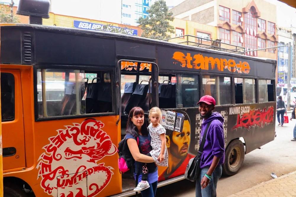 Mit Matatu nach Mathare Slum