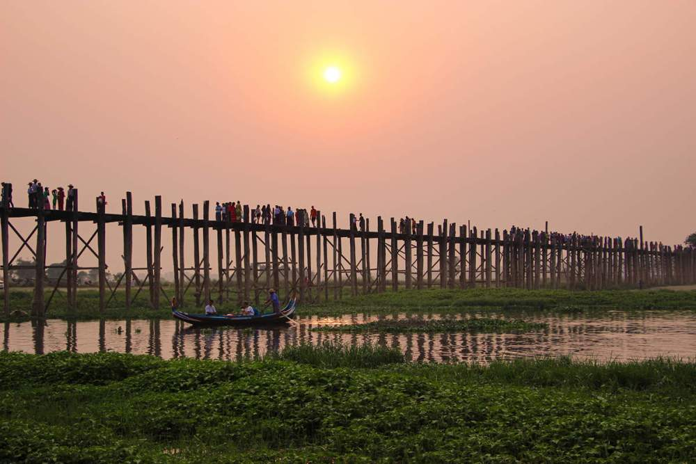 Sonnenuntergang U-Bein Brücke