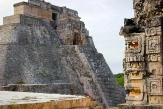 Advino Pyramide