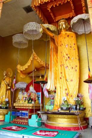 Buddha in der Shwe Phone Pwint Pagode in Taunggyi
