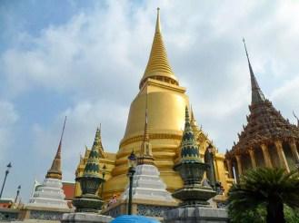 Phra Si Rattana Chedi Bangkok