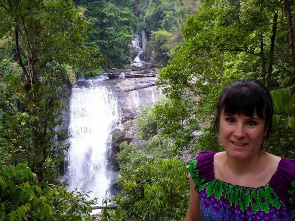 Sirithan Wasserfall in dem Doi Inthanon Nationalpark