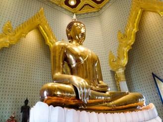 Goldener Buddha in Wat Traimit