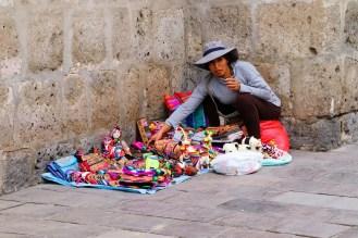Souvenirverkäuferin in Arequipa