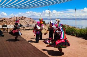 Traditioneller Tanz auf Taquile