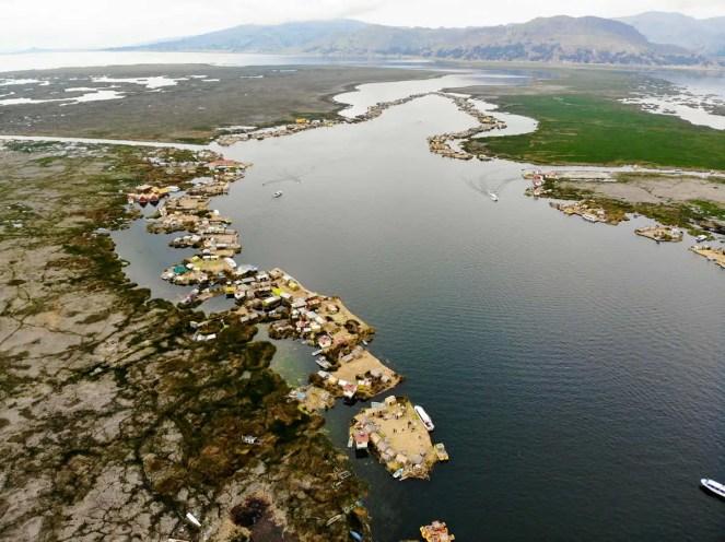 Uros Schwimmende Inseln auf dem Titicaca-See