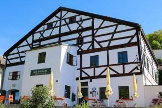 """""""zum Gutmann"""" Restaurant in einem Jurahaus"""