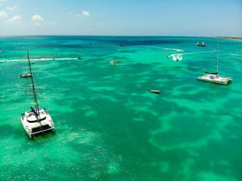 Traumhaftes Meer auf dem Palm Beach