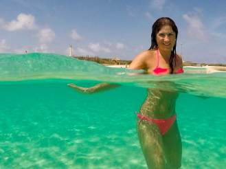 Kristallklares Wasser Arashi Beach Aruba