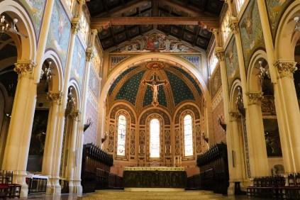 Altar in der Kathedrale von Reggio Calabria