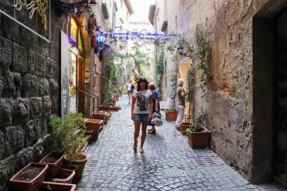 Auf einer Gasse in Orvieto