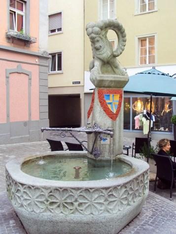 Ein Brunnen in Chur