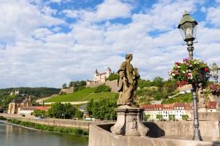 Statue Alte Mainbrücke Würzburg