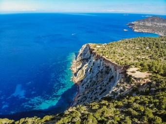 Mirador Es Vedra und die Küste Ibizas von Torre des Savinar