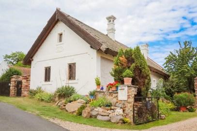 Haus mit Schilfdach Salföld