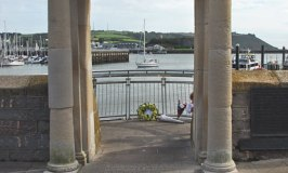 Mayflower Steps – A Memorial For A Brave Voyage