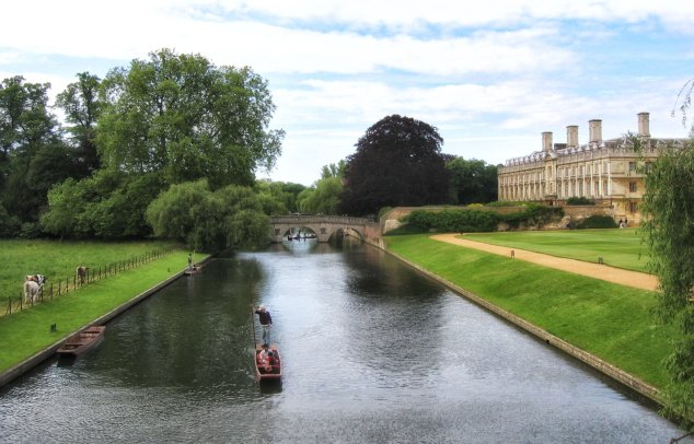 Part of the Backs showing Clare College, Clare bridge, and the back lawns of King's.