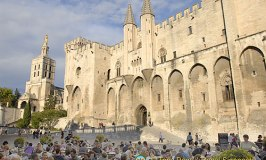 Avignon, The Chiming Town