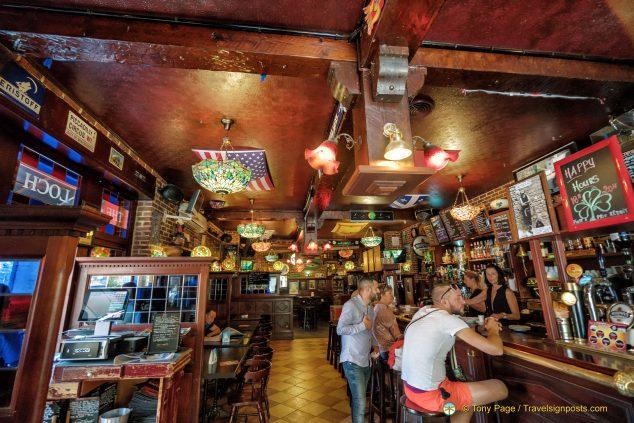 Loch Ness Pub, Cavaillon