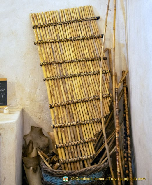 A huge, multitone panpipe