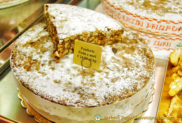 Siena Cake