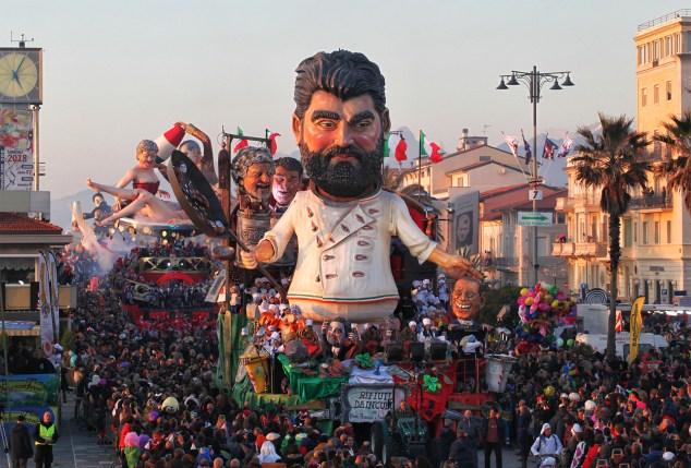 Italian Masterchef Judge Antonino Cannavacciuolo features in this year's parade