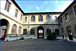 Courtyard of the Musee Fragonard