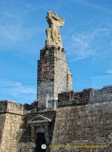 Monument to Elcano - Getaria