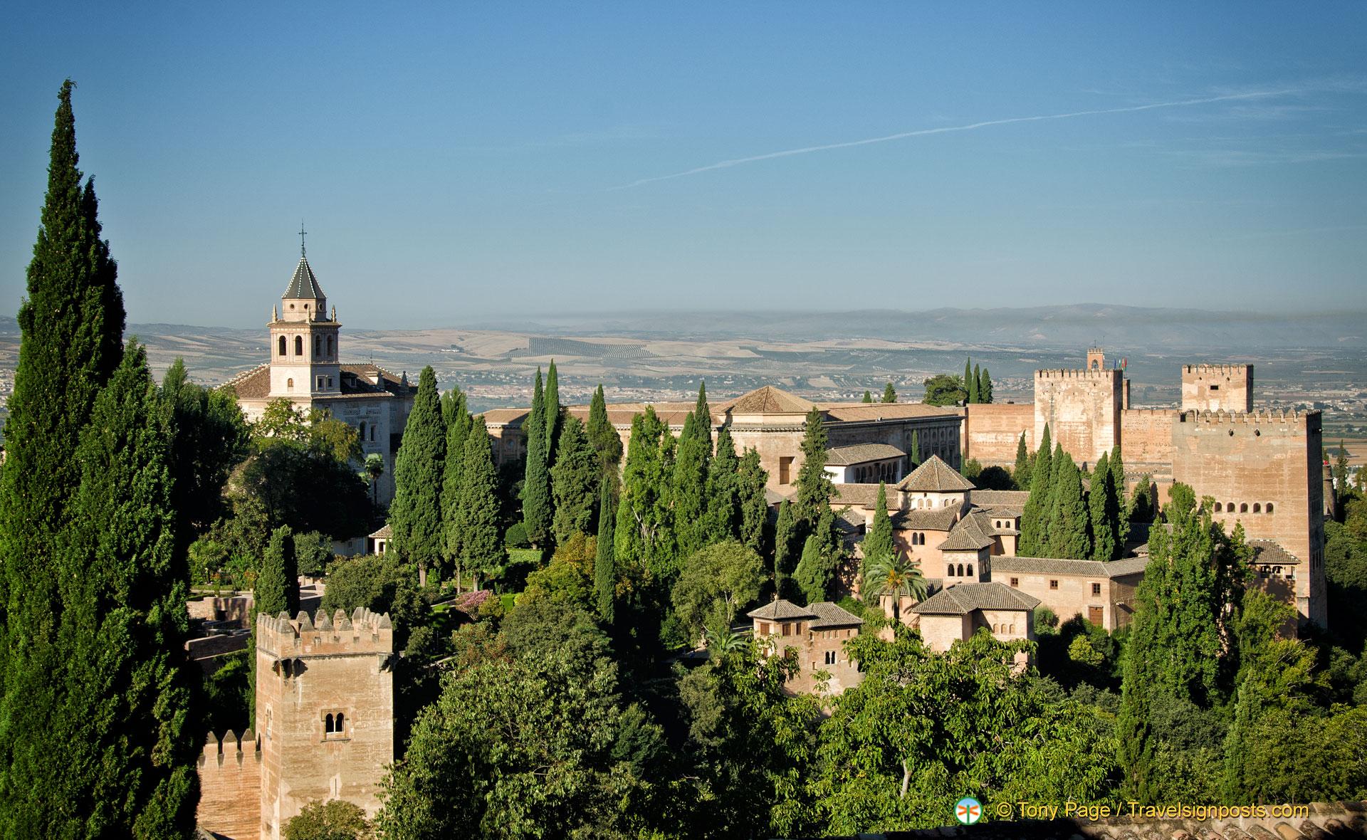 Alhambra | Sabika Hill | Granada