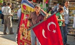Istanbul flag seller
