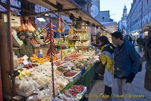 Shopping in Rialto Market, Venice