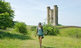 Walking the Cotswold Way at Broadway Tower