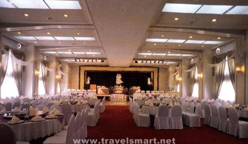 Hotel Supreme Convention Plaza  TravelSmartNET