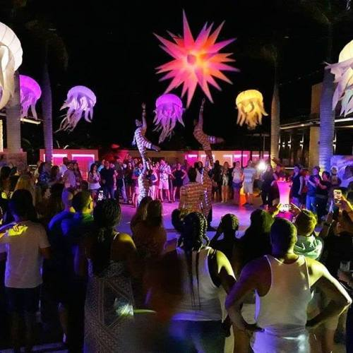 chic reasons to visit party entertainment travelsmart vip