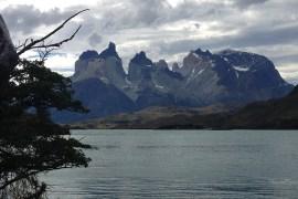 Nationalpark-Torres-Del-Paine-Torres-und-See