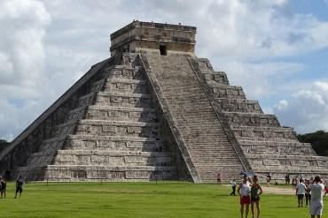 chichen itza pyramide kukulkan nordseite