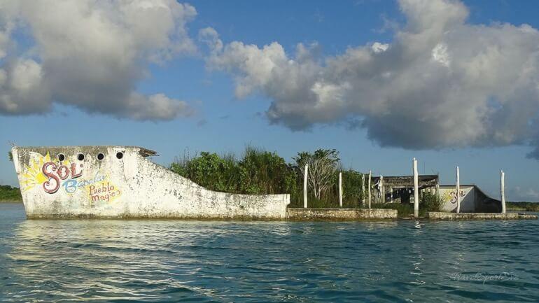 Laguna Bacalar Piratenschiff
