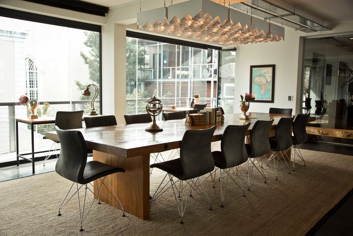 Travelling_an-elegant-boardroom-with-a-cool-breeze-near-the-coast-of-cape-town