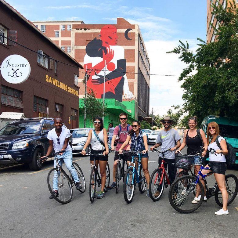 curiocity hostels bike tour