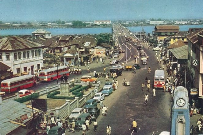 Carter bridge street scene, Lagos Island 1950s. Published by Federal ministry of Information