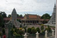 cortile-palazzo-reale-phnom-penh