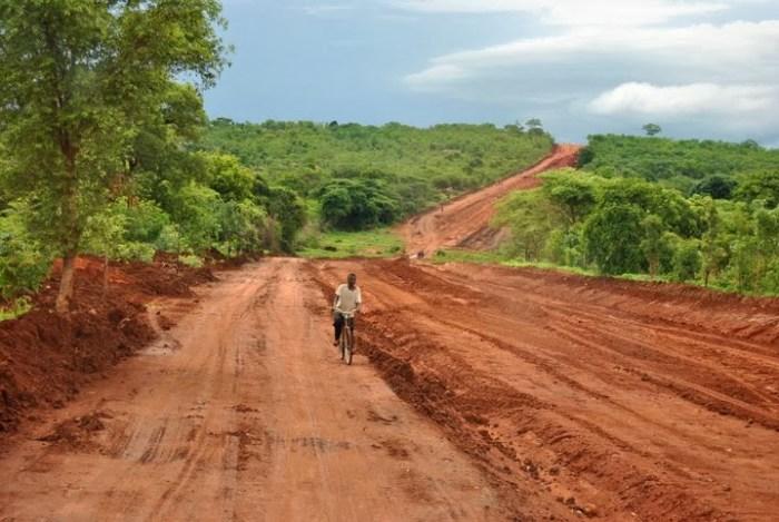 Lungo la strada verso il South Luangwa National Park