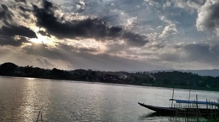tramonto-a-huay-xai-laos