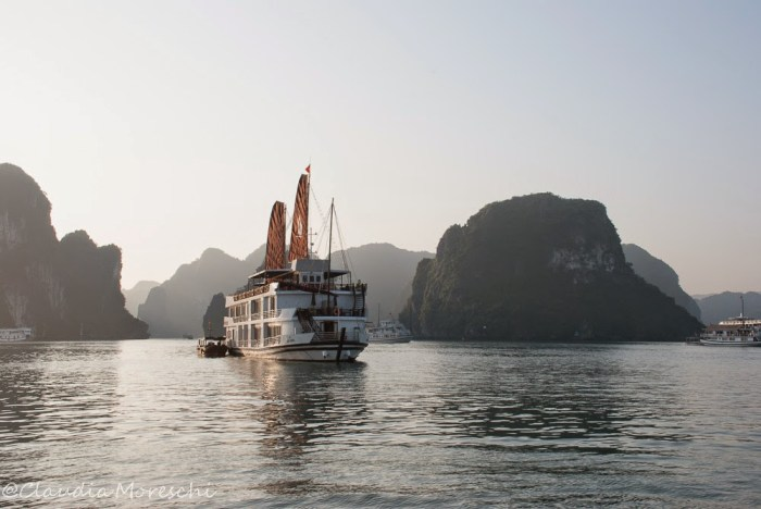 halong-bay-travelstories